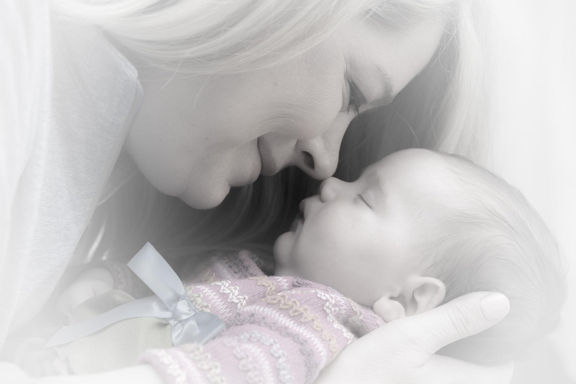 newborn-659685_1920
